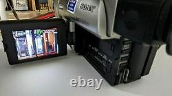Sony Handycam CCD-TRV37 Standard Hi8 Camcorder VCR Player Recorder Working