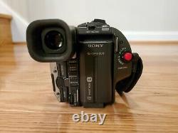 Sony Handycam CCD-TRV66 Hi-8 Video8 8mm Camcorder Play Record TESTED WORKS